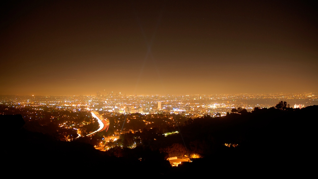 view of hollywood during nightroom showing the entire cityscape and an orange glow emanating from the city